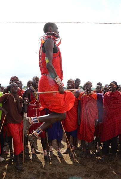 121202 1 3 Maasai Warrior Sets Sports Record